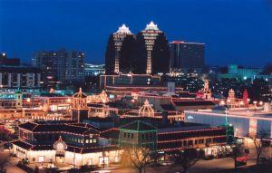 Plaza Lights II
